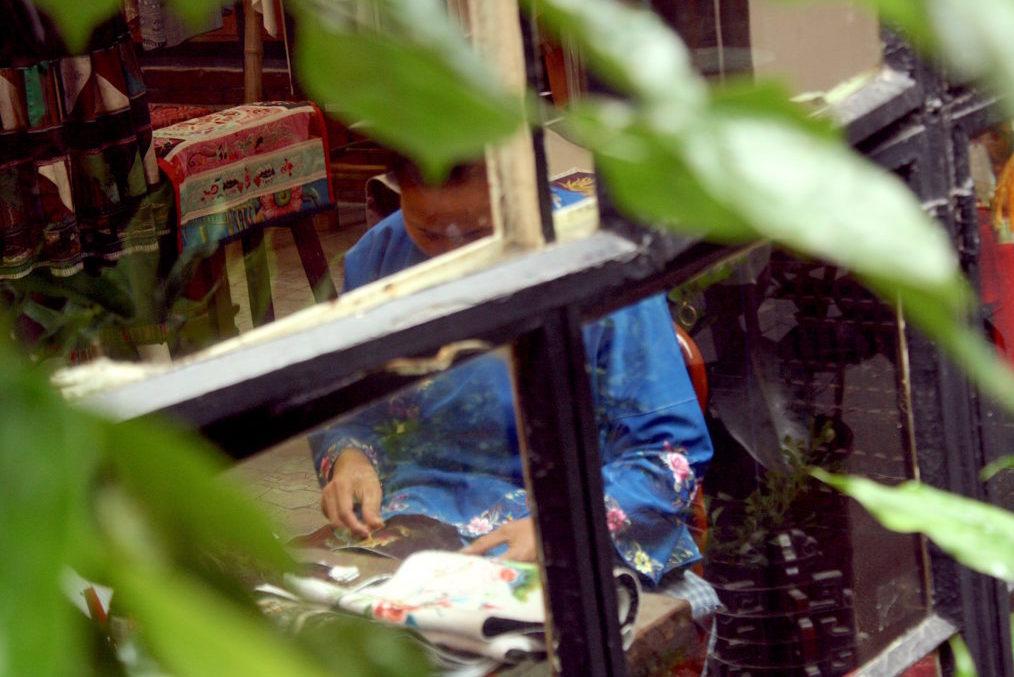 Shanghai Tianzifang: Economic Reforms & The Artsy Bubble