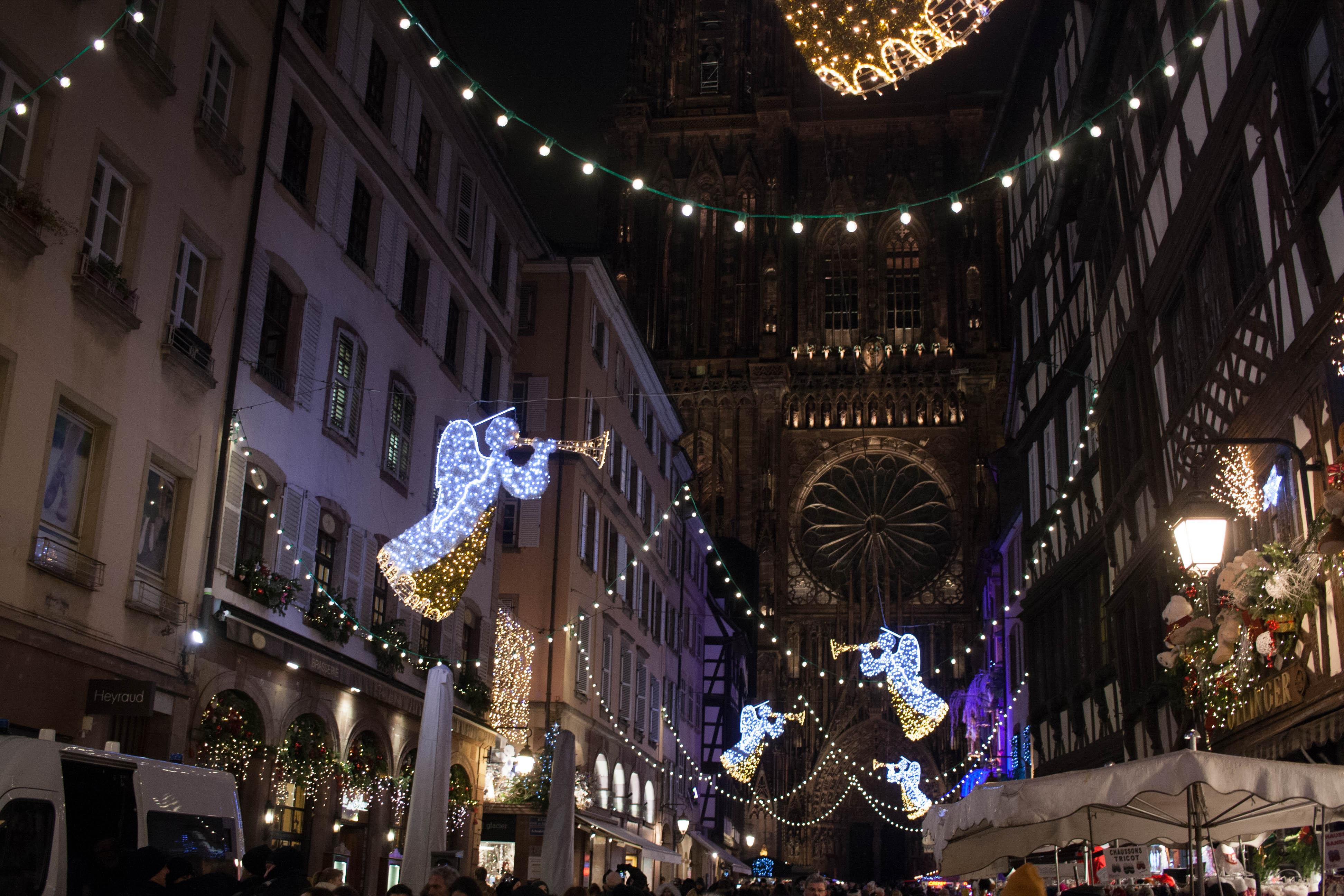 Le marché de Noël de Strasbourg, entre esprit de Noël et foire aux touristes